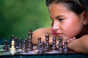 Girl_thinking_chess